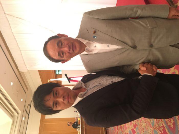地方政治家の大先輩。菅総理に薫陶をいただきました。